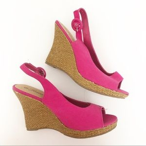 Shoes - Pink wedge shoes 9 forever sandals